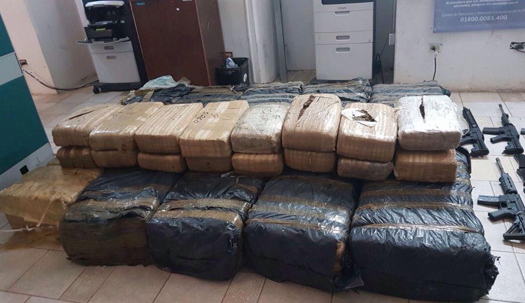 Elementos del Ejército Mexicano hallan armas y droga en las inmediaciones del Río Bravo. (Noticieros Televisa)