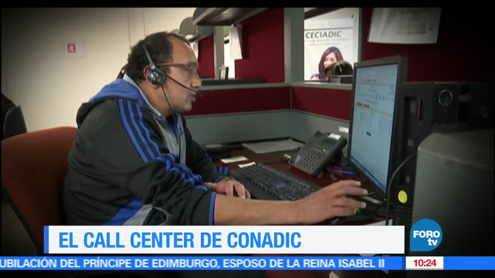 Fernanda Santos, reportaje, funciones, Call Center de Conadic