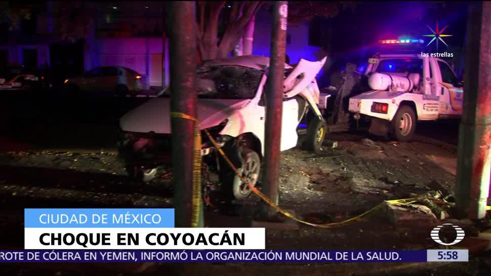automóvil, impacta, choca contra poste, Coyoacán