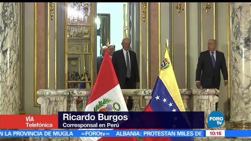 Venezolanos, permiso, El corresponsal en Perú, Ricardo Burgos