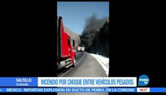 tráileres, chocan, incendian, carretera de Saltillo, trafico, autopista