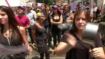 Guardia Nacional Bolivariana, Mujeres vestidas de negro, represión, Venezuela