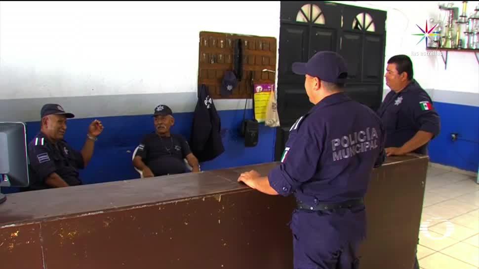 noticias, televisa, Regresan, cuartel, policias detenidos, Zihuatanejo