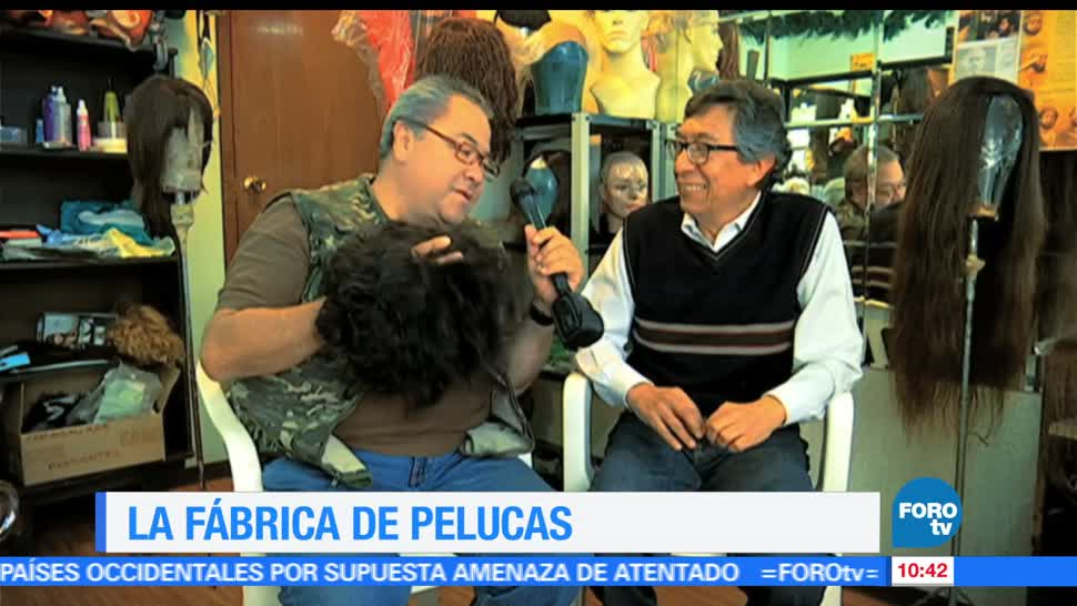 Enrique Muñoz, trabajo, fábrica de pelucas, dama, caballero