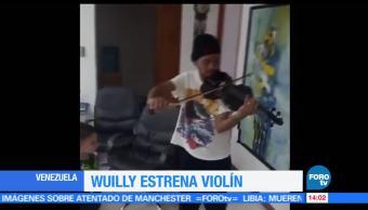 noticias, forotv, Manifestante, Venezuela, nuevo violín, tocar en una protesta