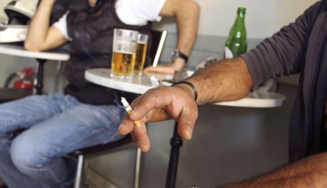 Cigarro, cigarrillo, fumadores, nicotina, fumando, tomando