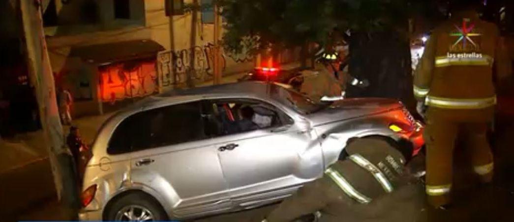 Accidente automovilístico en Río Churubusco,, Iztapalapa