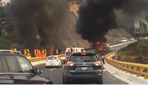 Accidente en la autopista Chamapa- Lechería. (FOROtv)