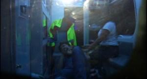 Paramedicos atienden a persona accidentada sobre Cuemanco
