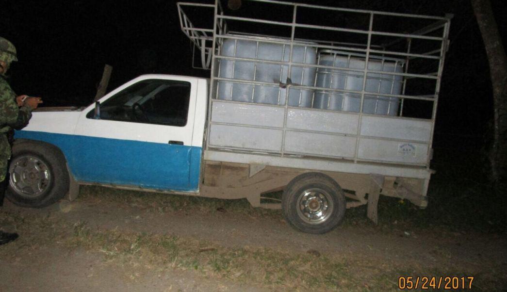 Aseguran 14 mil litros de hidrocarburo en Huimanguillo, Tabasco