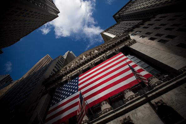 Wall Street se prepara para ir a un fin de semana largo