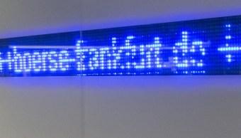 Una señal de luces dentro de la Bolsa de Frankfurt, Alemania. (Getty Images)