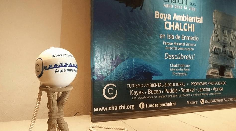 Boya ambiental de la Fundación Chalchi en Veracruz