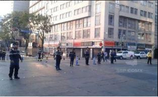 Colocan vallas para proteger edificios del centro de la CDMX
