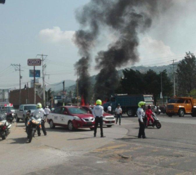 Disturbios de transportistas en Oaxaca dejan un muerto