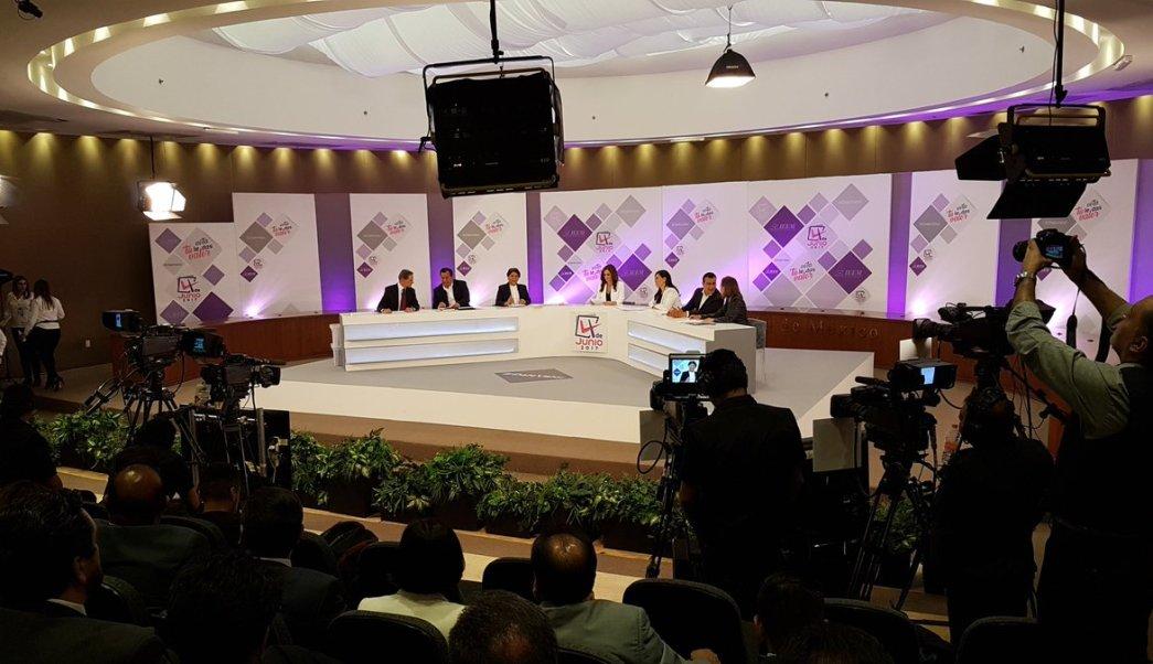 El debate se realizó en el Instituto Electoral del Edomex