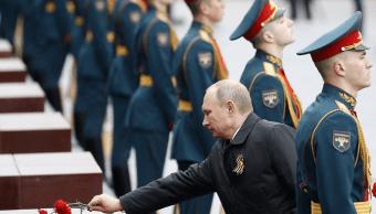 El presidente ruso Vladimir Putin en Plaza Roja