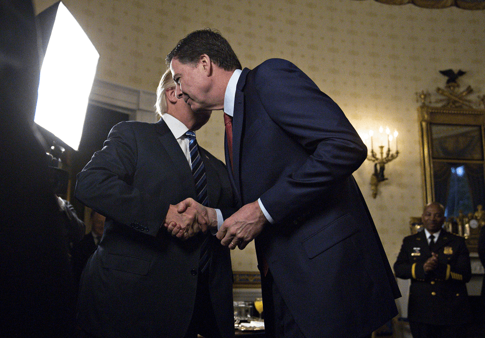 El presidente Donald Trump y James Comey