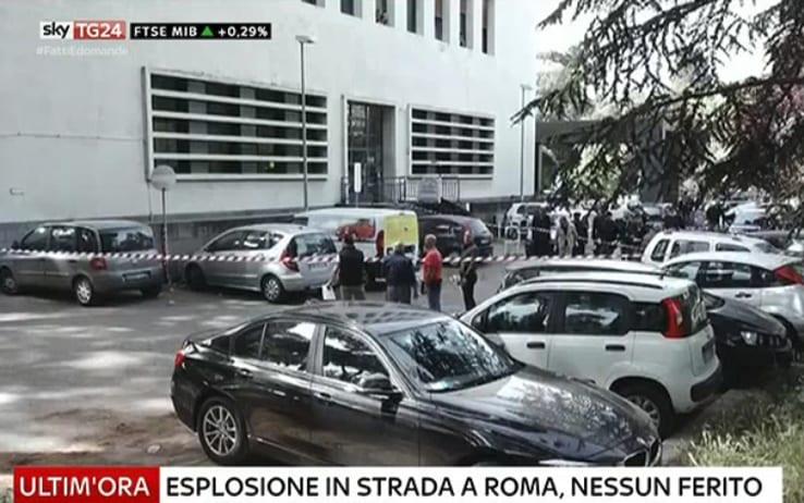 Una bomba de fabricación casera explotó en Roma