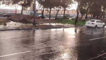 Circulacion afectada en Zaragoza por fuga de agua