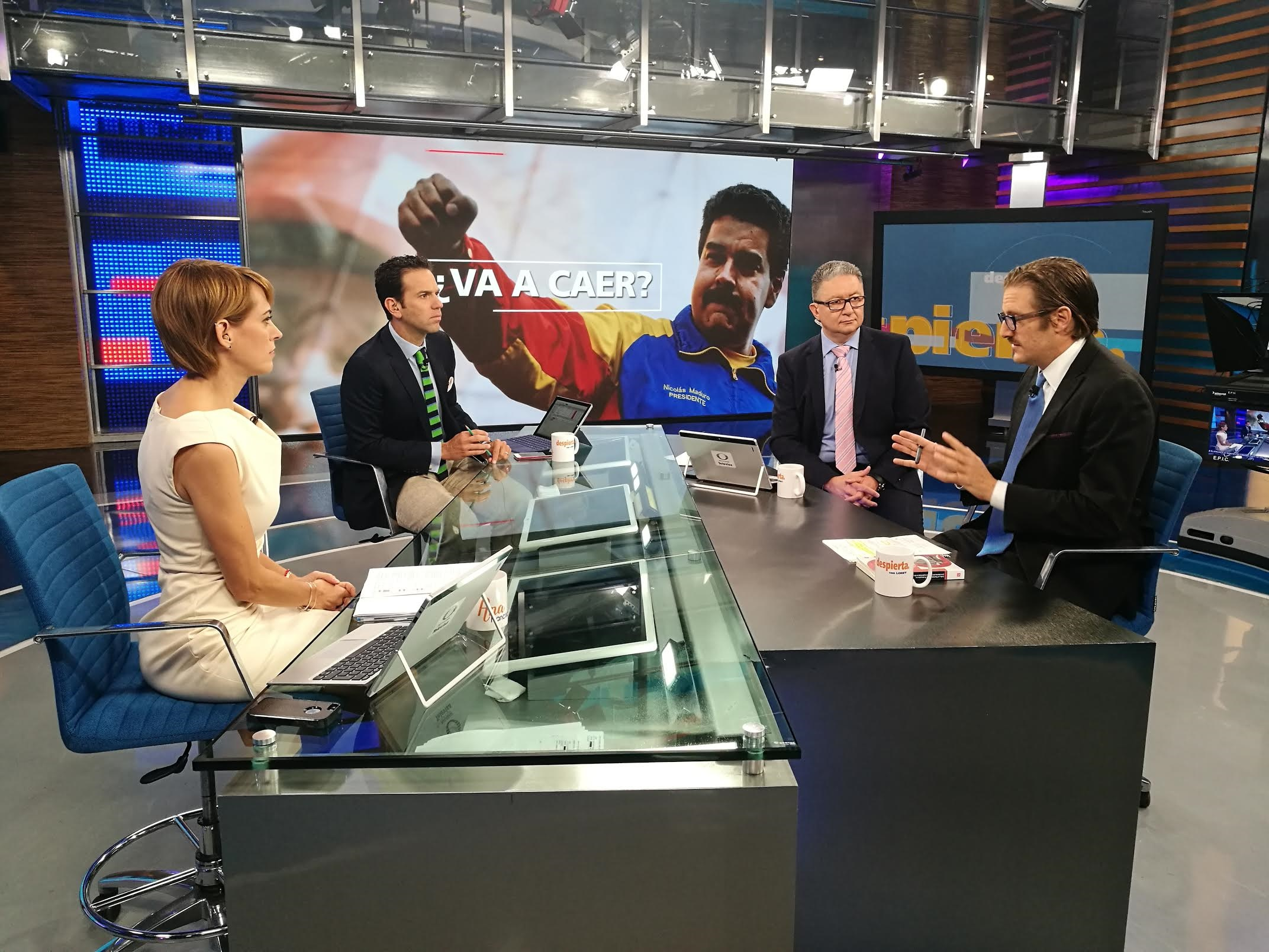 Hernán Gómez habla de Venezuela en la mesa de Despierta con Loret