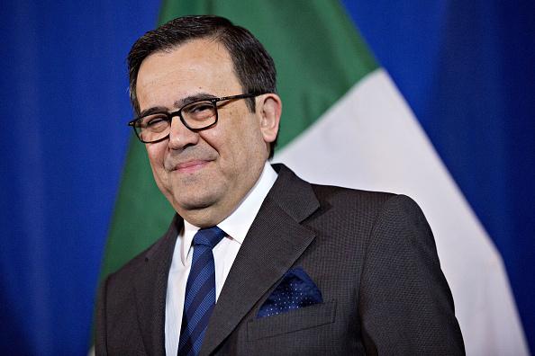 Gobierno de EU notificaría planes de renegociación del TLCAN próxima semana: Guajardo