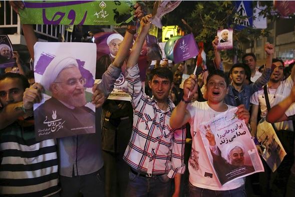 Logra Rouhani un segundo mandato en Irán