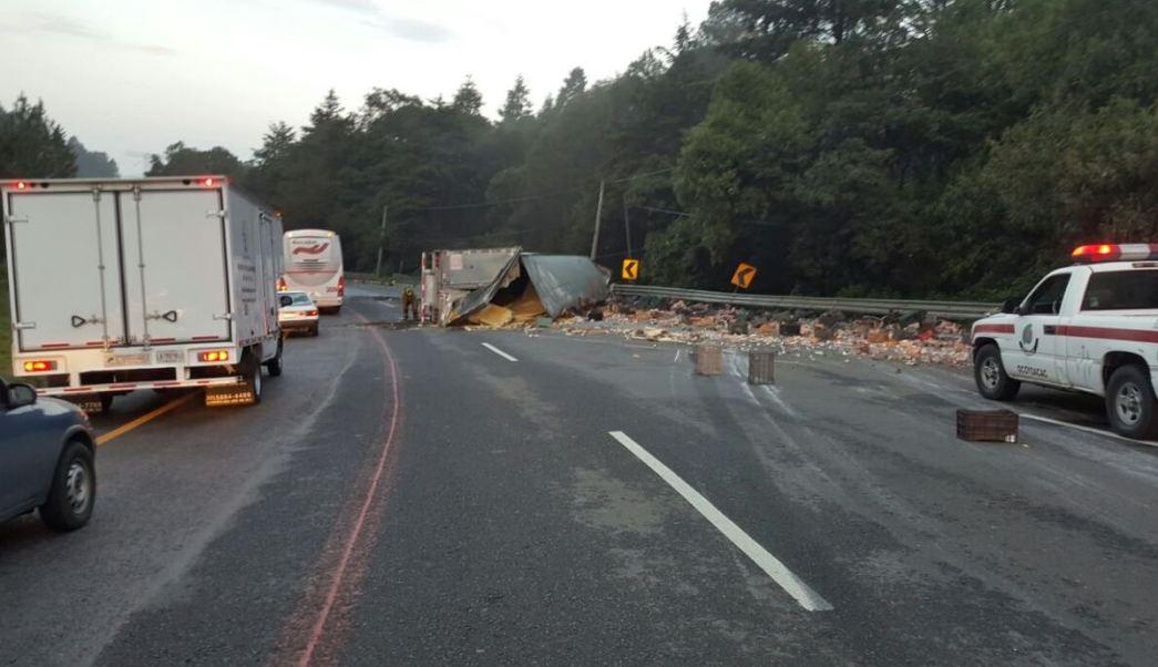 El número de accidentes por camiones de carga aumentó en la nueva autopista Marquesa-Toluca (Twitter @PoliciaFedMx)