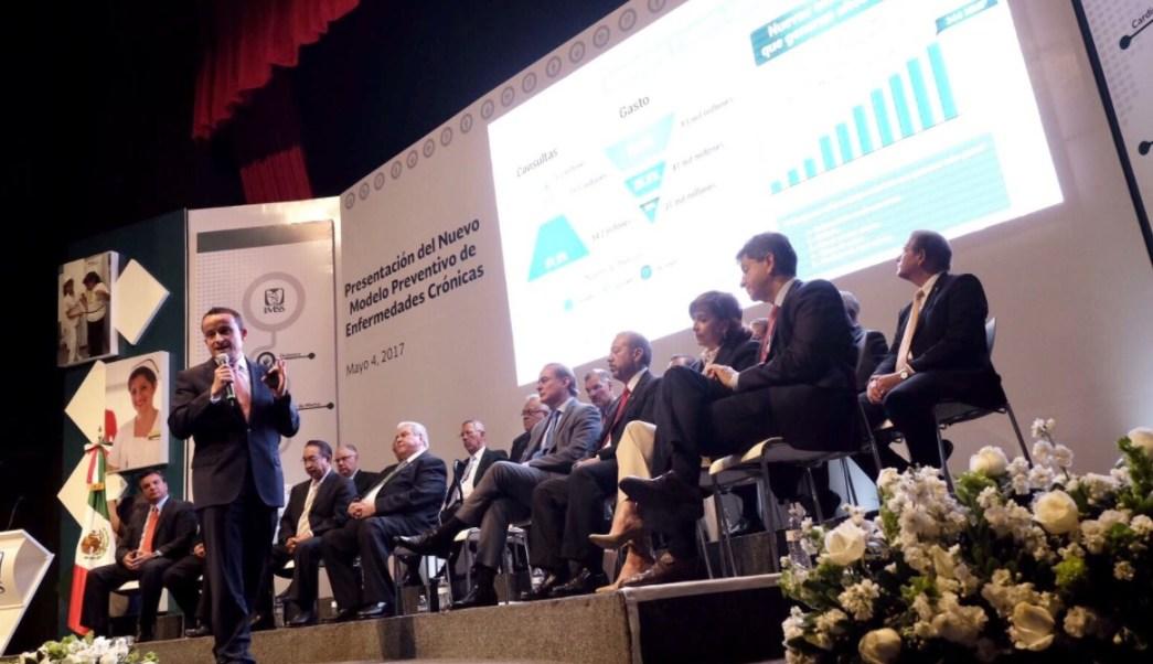 Mikel Arriola, director del IMSS, anuncia modelo preventivo de enfermedades crónico degenerativa que buscará ampliar la esperanza de vida de 62 a 75 años.(Twitter: @arriolamikel)