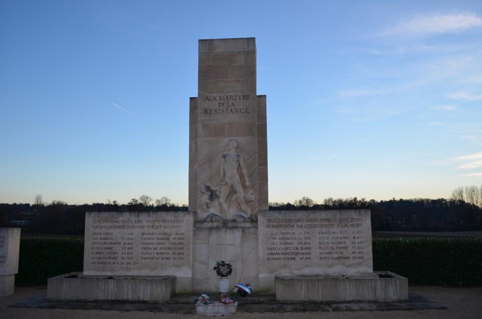 Monument_des_Roussilles, Maestros, Mundo, Historia, Marc Bloch
