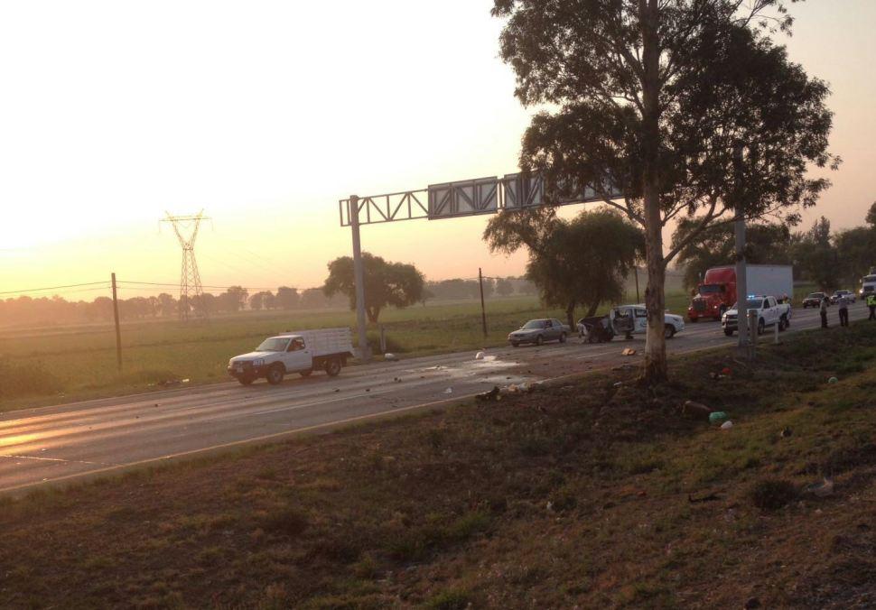 Mueren cuatro personas en doble accidente en la autopista México-Querétaro
