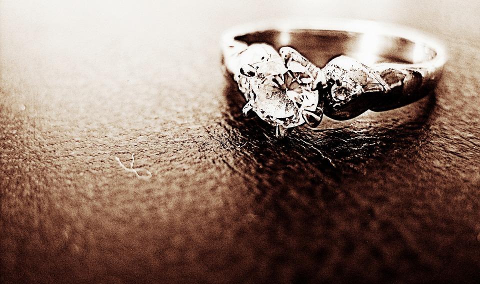 anillo fantasía, siglo xix, diamante, Sotheby