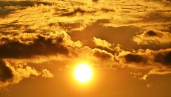 El Sol brinda luz y calor a la tierra