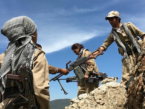 Turquía critica que EEUU envíe armas a las milicias kurdas de Siria
