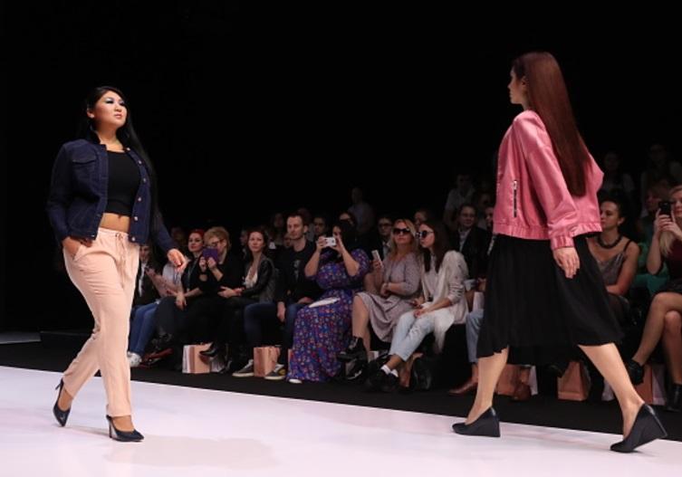 China trata de adoptar tendencias occidentales de moda (Getty Images)