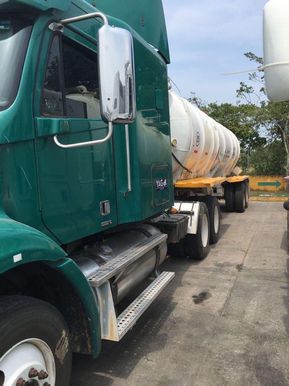 Pipa decomisada con combustible robado en Cardenas Tabasco