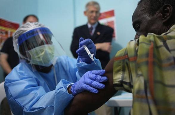 Campaña de vacunación contra el Ébola (Getty Images)