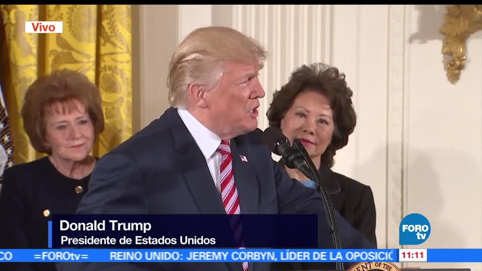 presidente de Estados Unidos, Donald Trump, iniciativa, tráfico aéreo
