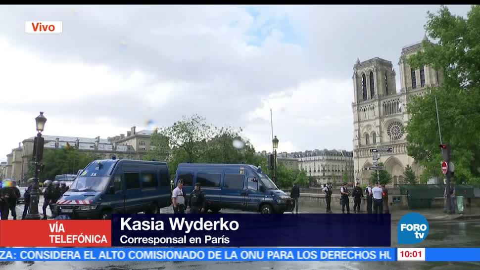 Policía, hombre, agente, martillo, inmediaciones, Catedral de Notre Dame