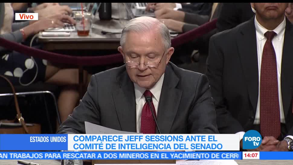 Comparece, Jeff Sessions, Senado, comité de inteligencia