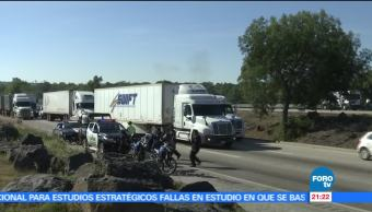 Toma clandestina, provoca, fuga de gas, autopista, México-Querétaro, ductos