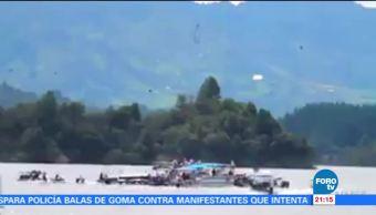 Nueve, muertos, decenas, desaparecidos, naufragio, Colombia
