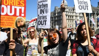 protestas, marcha, reino unido, británicos, theresa may
