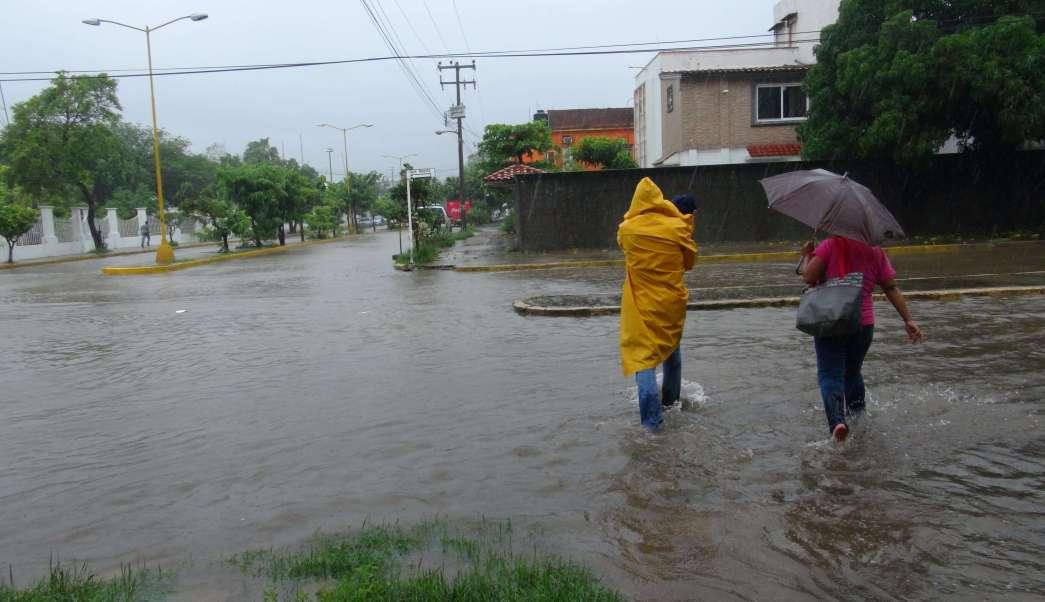 Reportan 27 escuelas de Oaxaca con afectaciones tras paso de Calvin. (Archivo/EFE)
