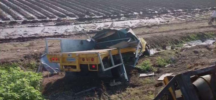 Se registra choque y volcadura en el kilómetro 96 de la autopista Salamanca-Irapuato.