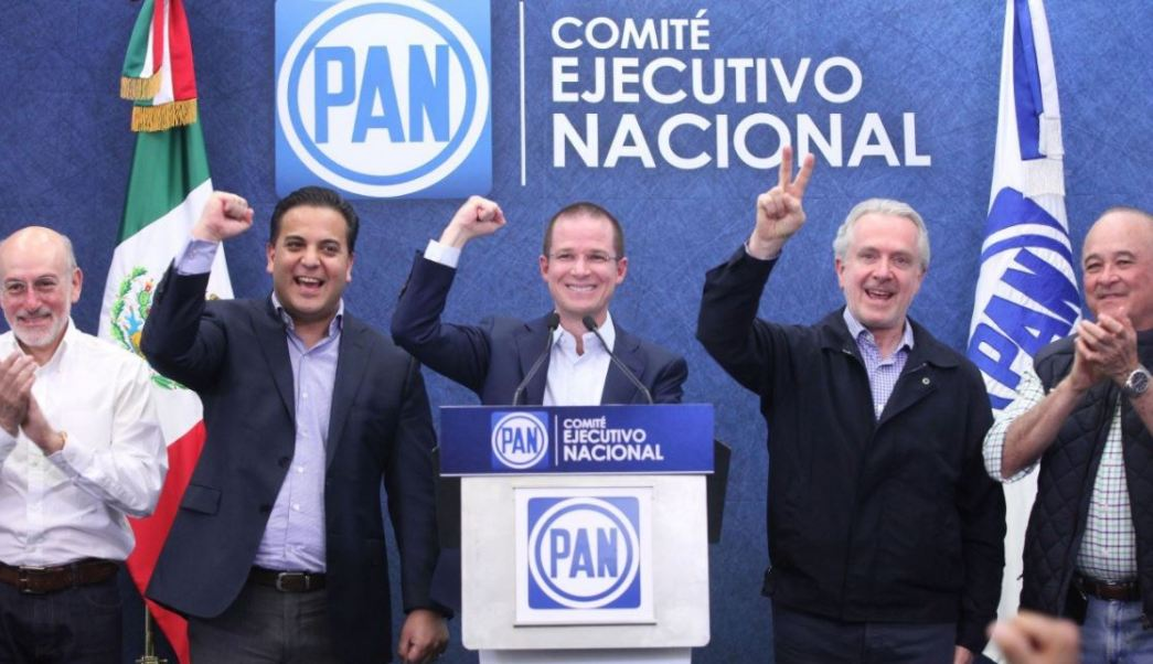 Los panistas dieron una conferencia de prensa para anunciar que ganaron en tres estados (Twitter @RicardoAnayaC)