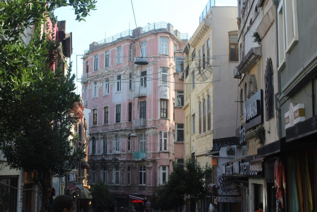 Beyoglu barrio occidentalizado de Estambul