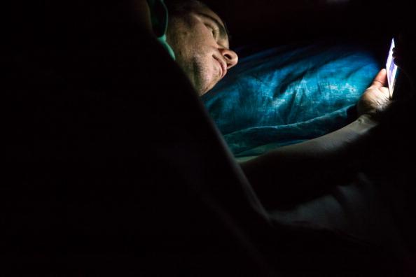 Trastornos del sueño, Uso de celular, Jovenes y niños, Dispositivos electronicos, Noticias, Noticieros
