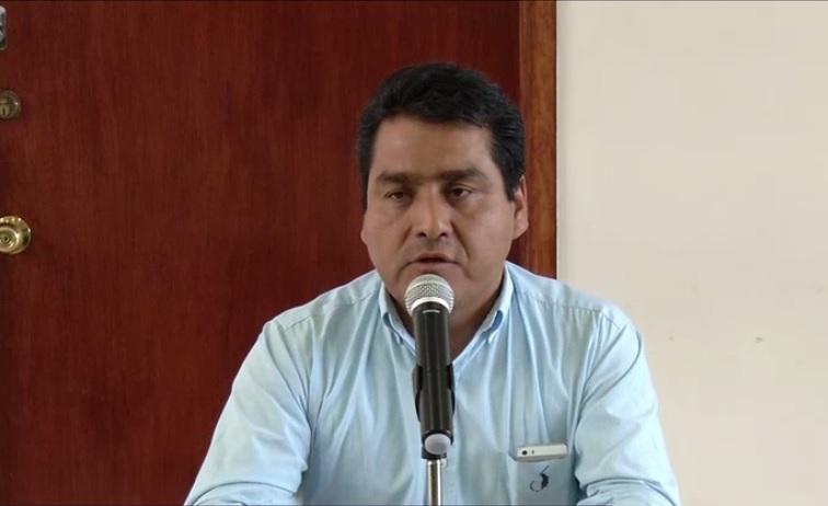 Alejandro Bernal ofrece conferencia de prensa
