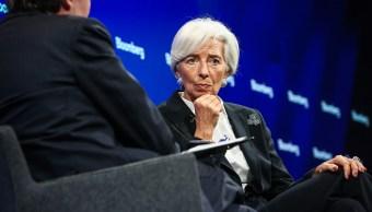 El FMI, que dirige Christine Lagarde, recortó la previsión de crecimiento para Estados Unidos
